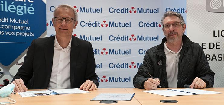 Raphaël Rebert, Directeur Général du Crédit Mutuel Île-de-France (à gauche) et Marceau Durand, Président (à droite) ont officialisé ce mercredi 10 mars un partenariat pluri-annuel entre les deux structures.